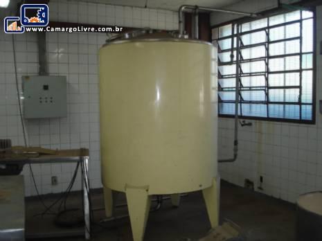 Tanque em aço inox interno de 2.000 litros