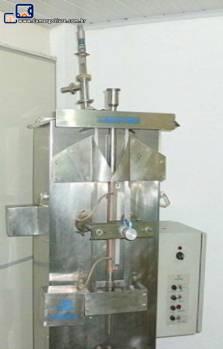 Envasadora de liquidos marca Embrapack (laramak)