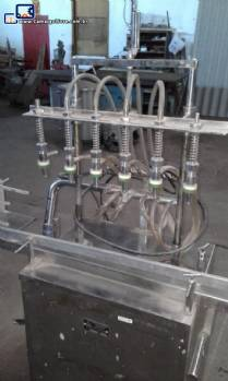 Envasadora linear com 6 bicos em inox Amard